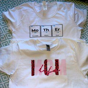 MOM graphic T-shirts'